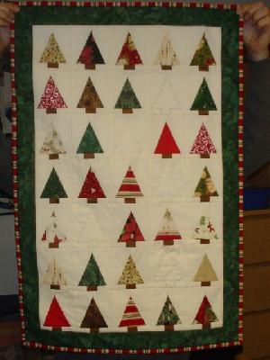 Patchwork und quiltforum weihnachtsb ume wandbehang - Wandbehang patchwork ...